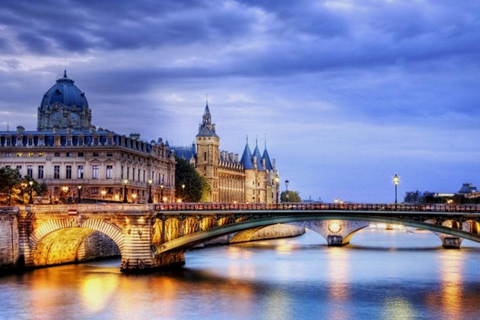 Thủ tục hồ sơ xin visa Pháp